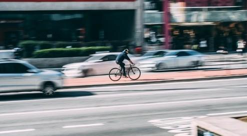 Auto-gegen-Fahrrad