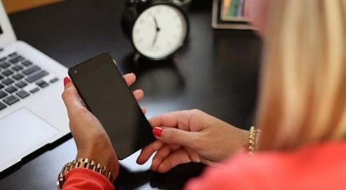 Smartphone-für-1-Euro?